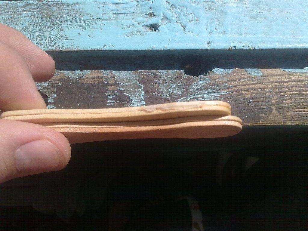 Модельный нож с рукояткой из палочек от мороженого